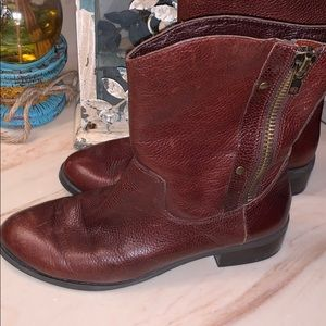 Jessica Simpson Distressed Boots